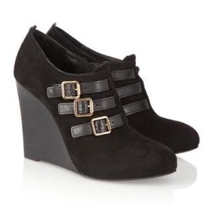 Tory Burch- Suede Ankle Boots